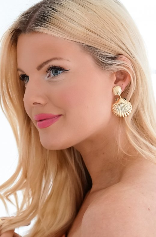 CAROLINE SVEDBOM - SHELL MERMAID EARRING GOLD