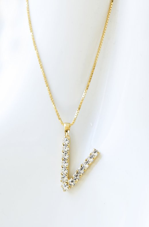 Caroline Svedbom - Letter Necklace V - Gold Crystal