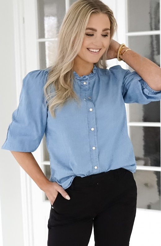Freequent - Dobby Frill Blouse - Light Blue Denim